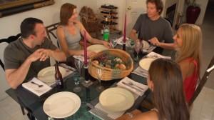ff-dinnerscene