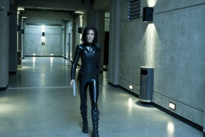 underworld-awakening-kate-beckinsale-09